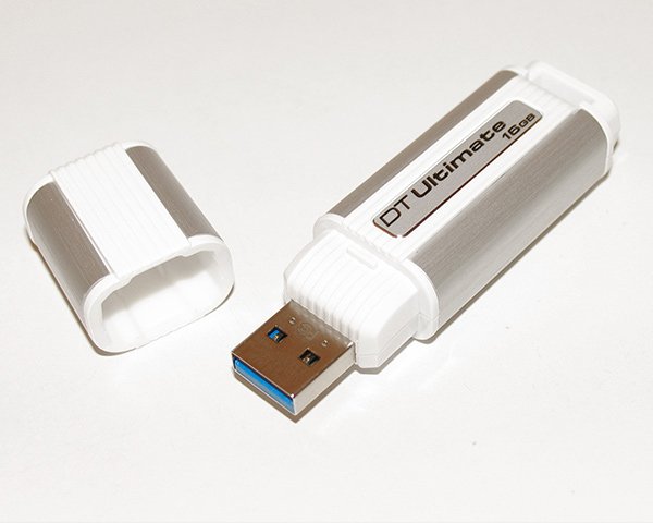 картинка (DTU30/16GB) Флэш-драйв 16ГБ Kingston Data Traveler Ultimate 3.0 Retail, USB 3.0 от магазина Дижитал Вита